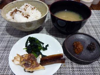 ダイナースカード会員限定-お取り寄せの定番「試食会」-鯛の姿煮、南魚沼産コシヒカリのご飯 、大和しじみの味噌汁
