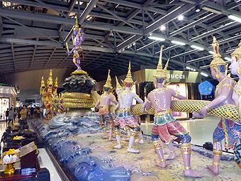 バンコク・スワンナプーム国際空港(Bangkok Suvarnabhumi International Airport)
