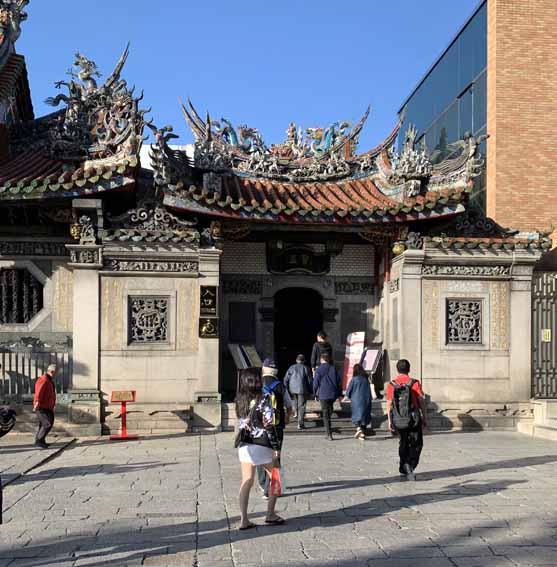艋舺龍山寺(Longshan Temple)