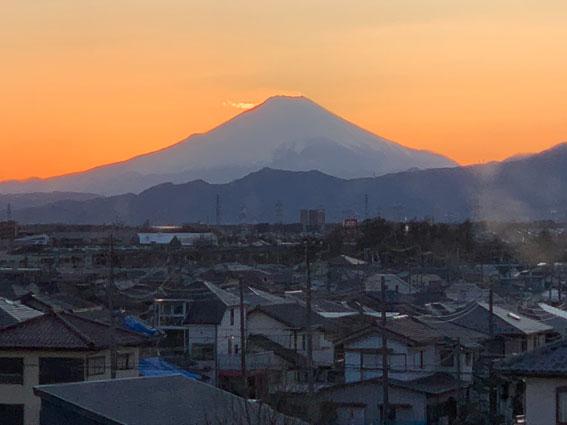 戸塚共立リハビリテーション病院からの富士山の眺め